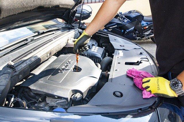 výměna oleje u auta